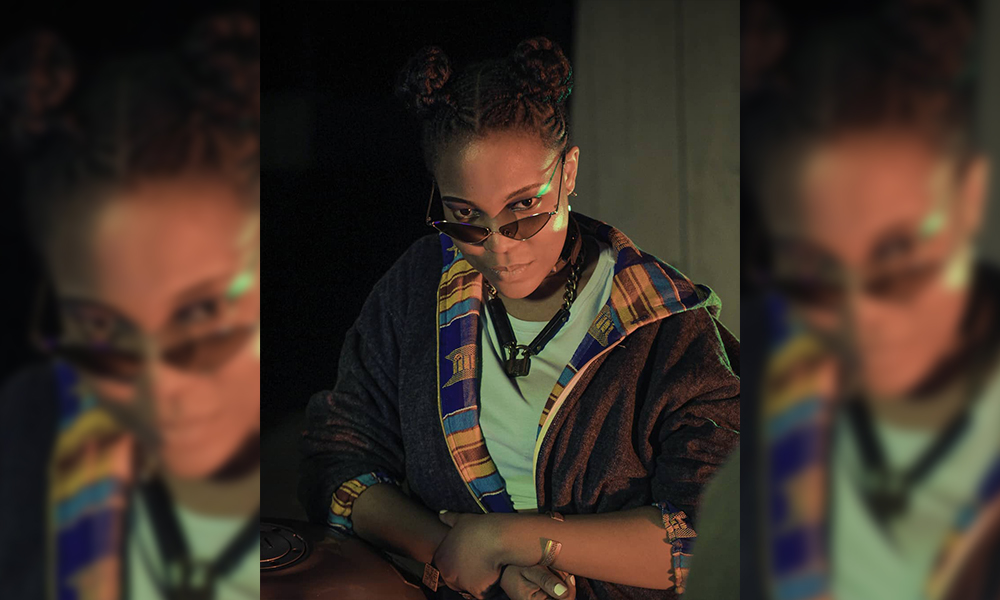 Une artiste togolaise tabasse un rédacteur de gnadoe magazine suite à un article